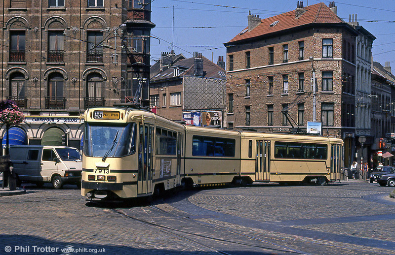 Car 7913 at Schaarbeek on 2nd August 1990.