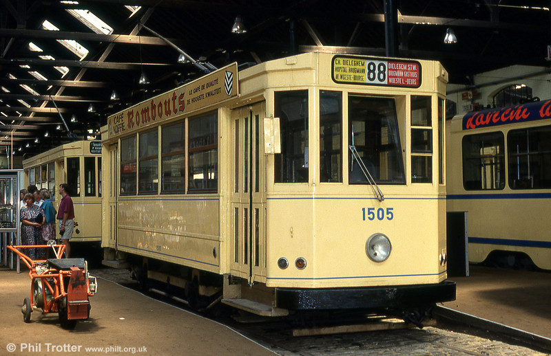 Car 1505 of 1936 at Woluwe museum on 25th August 1991.1505 was converted to a one-man car in 1967, although the design originally dates back to 1935.