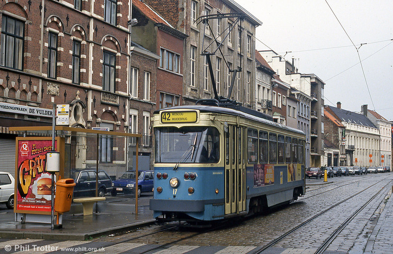 Car 17 at Lange Steenstraat on 9th April 1994.