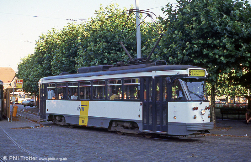 Car 01 at Sint-Pietersstation on 30th August 1991.