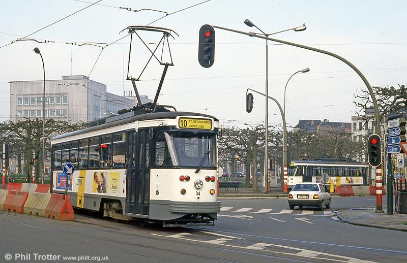 Car 04 at Sint-Pietersstation on 10th April 1994.