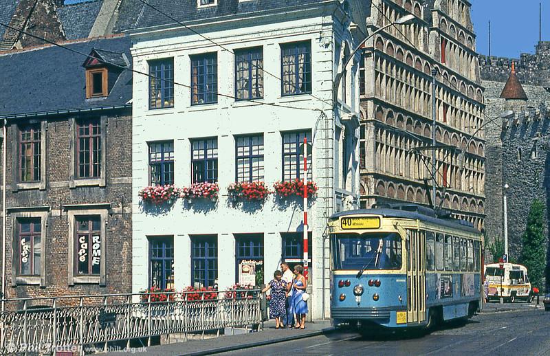 Car 31 at Groentenmarkt on 31st July 1990.