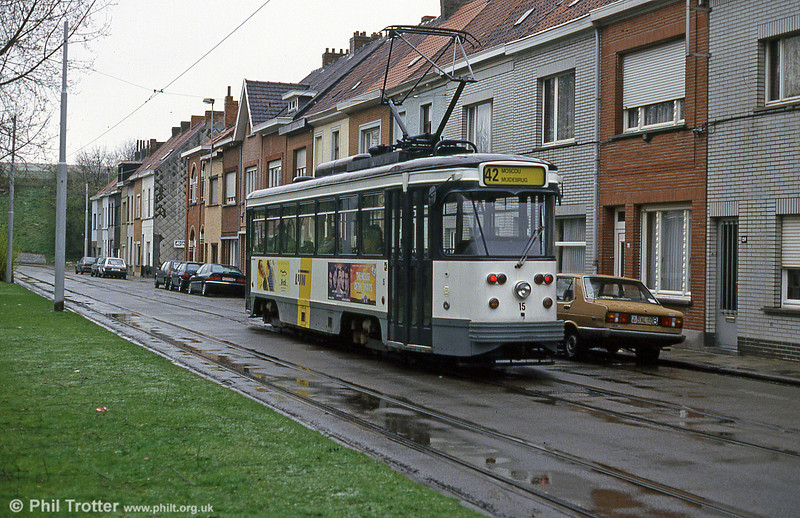 Car 15 at Moscou on 9th April 1994.