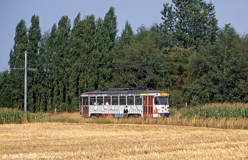 Gent car 27 in an agricultural setting at Hoevestraat on 31st July, 1990.
