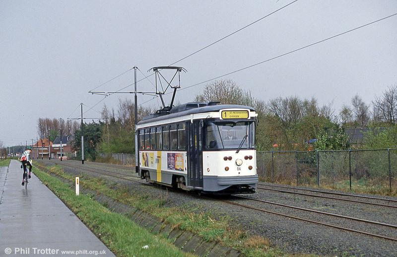 Car 04 at Evergem on 9th April 1994.