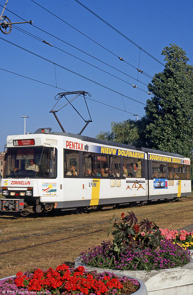 Car 6027 at Ostend on 1st September 1991.