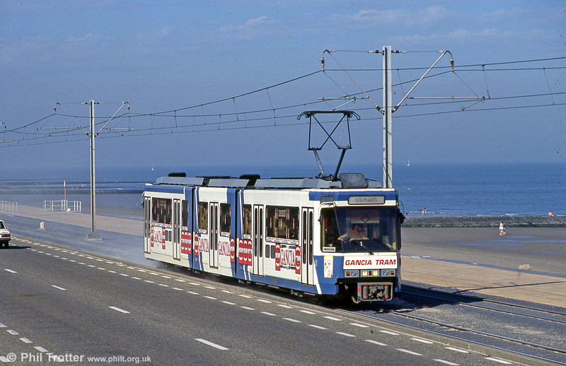 Double articulated car 6102 on the Belgian coast at Ravelingen on 30th July 1990. 6102 was rebuilt from parts of Charleroi 6102 and 6103 following an accident.