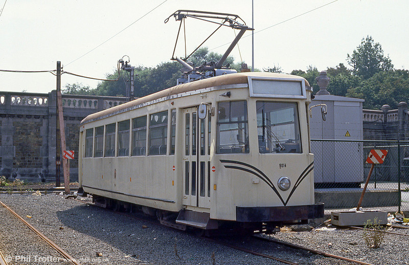 Former Vicinal 'SO' type car 9014 at the depot at Oostende on 10th August 1990. Originally built in the 1930s, the car was upgraded in 1956.