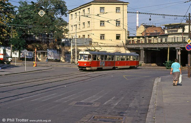 1121 at Hlavní nádraží on 17th August 1992.