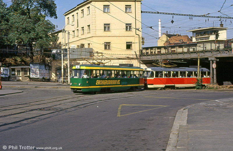 T3 1530 again, now at Hlavní nádraží on 17th August 1992.