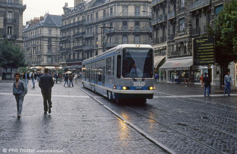 Car 2007 in Rue Felix Poulat on 2nd September 1989.
