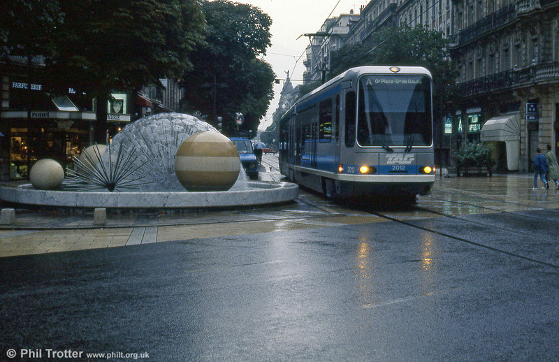 Car 2012 in Avenue Alsace Lorraine on 2nd September 1989.