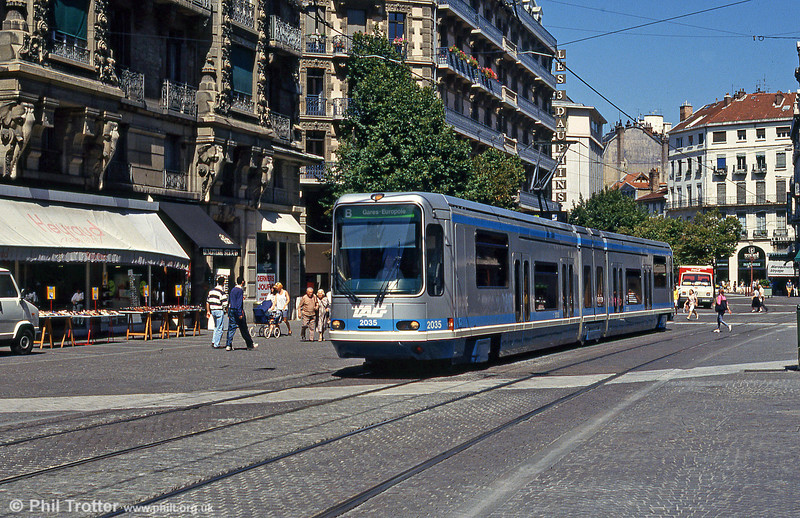 Grenoble 2035 at Rue Felix Poulat on 28th July 1993.