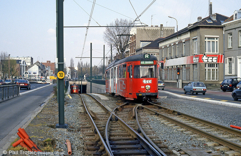 Car 391 at Clemenceau on 11th April 1994.