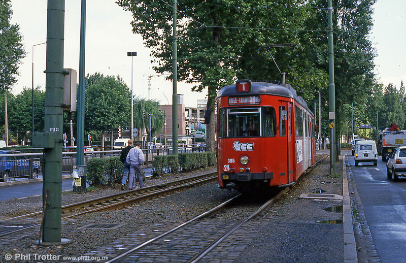 Car 395 at Clemenceau on 28th August 1989.