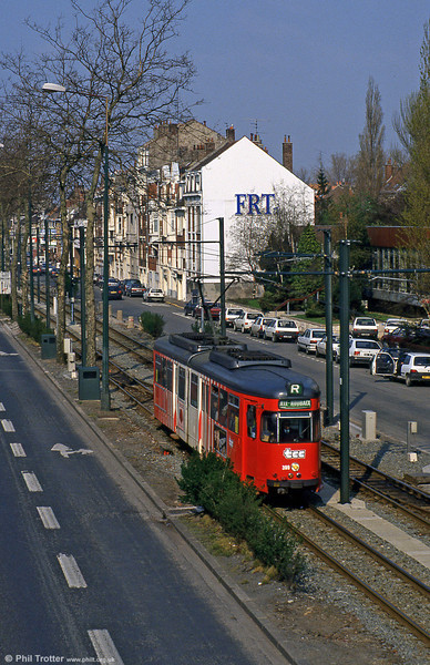 Lille 399 at Buisson on 11th April 1994.