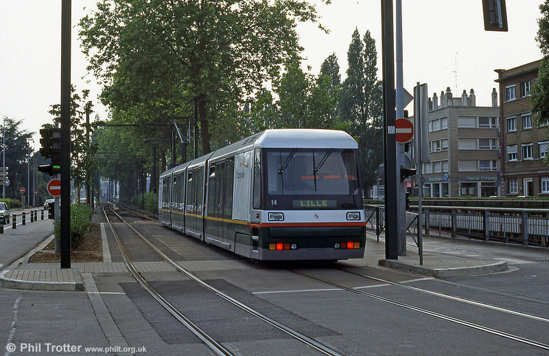 New Lille car 2014, built by Breda of Italy at Croise Laroche in August 1995.