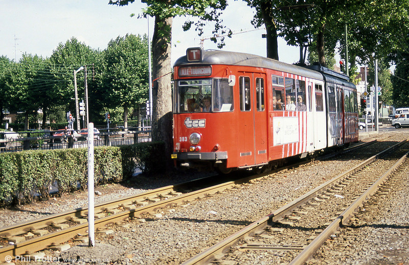 Lille 383 at Croise Laroche on 28th August 1989.