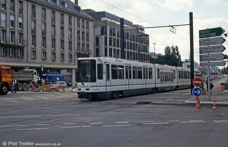 Car 324 at Commerce on 26th July 1993.