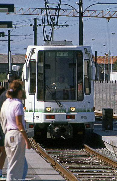 Car 325 at Haluchere on 29th August 1989.