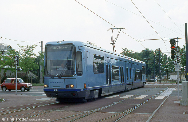 Car 812 and a mini  in August 1995.