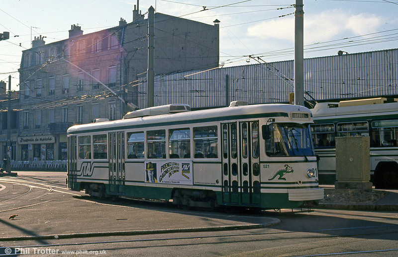 Car 521 at Bellevue on 31st August 1989.