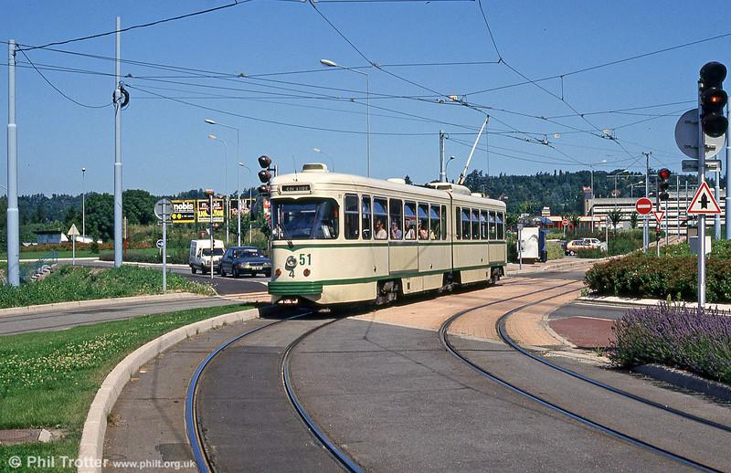 Car 551 at Clinique du Parc on 29th July 1993.