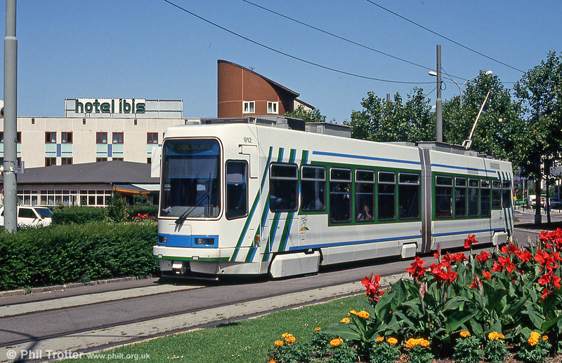 Car 912 at Terrasse on 29th July 1993.