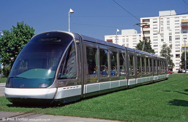 Strasbourg car 1008 at Hautepierre Mailon terminus in August 1995.