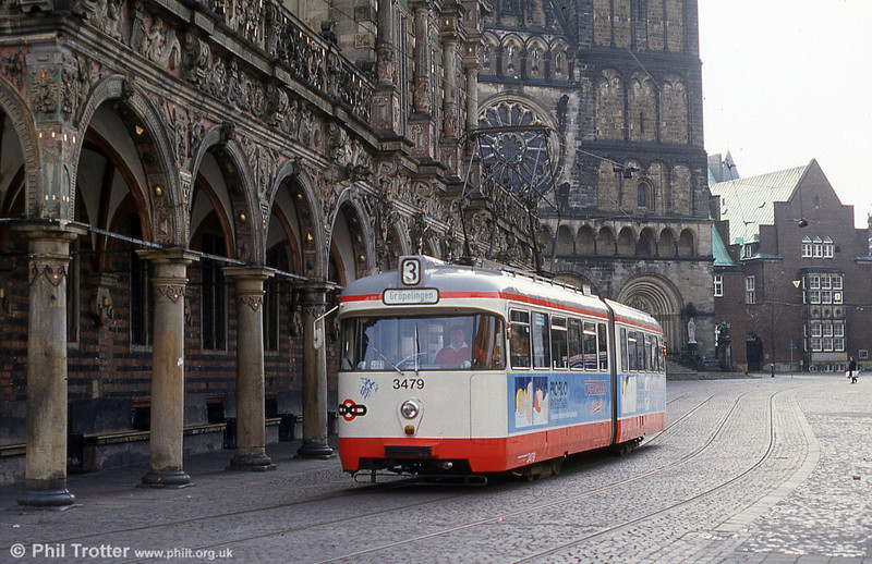 Bremen Hansa car 3479 passes the Rathaus on 11th April 1993.