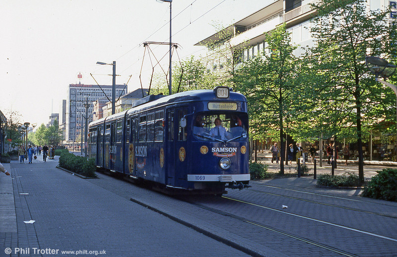 Duisburg 1069 in advertising livery at Konigstrasse.
