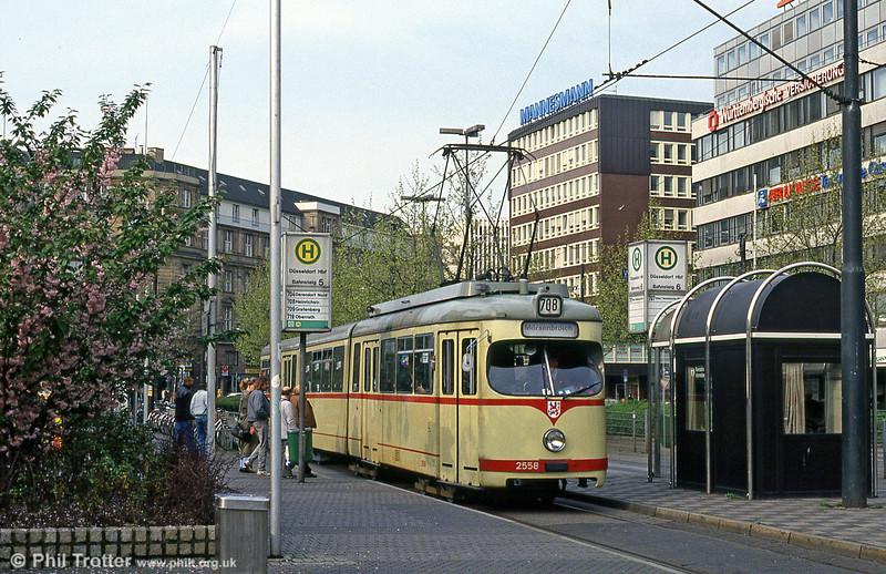Dusseldorf 2558 at the Hauptbahnhof on 24th April 1993.