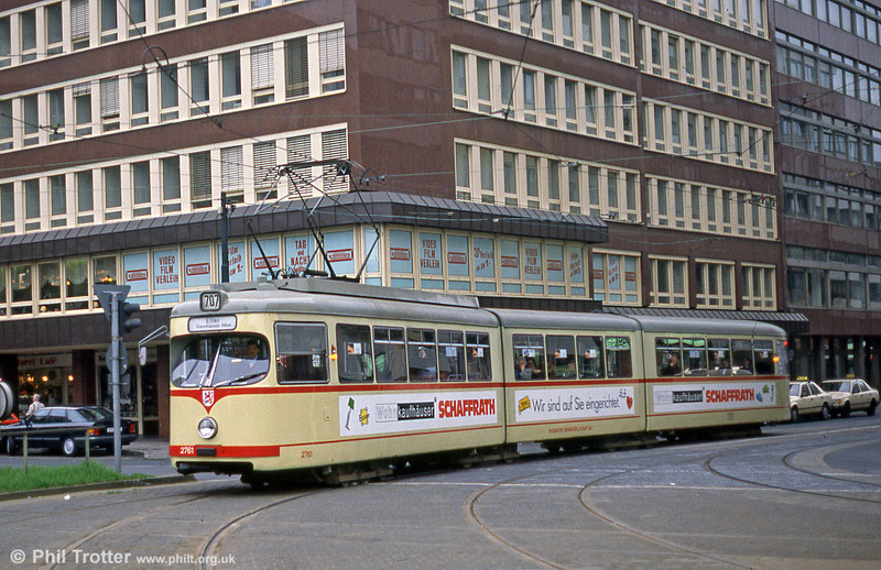 Dusseldorf 2752 at Bismarckstrasse on 1st April 1991.