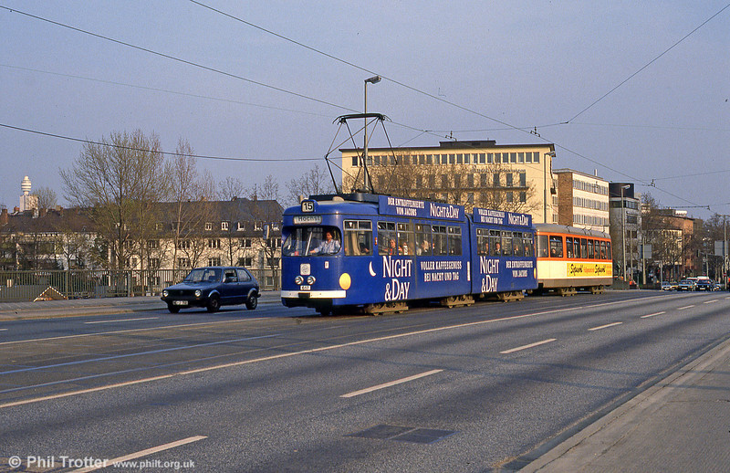 Frankfurt (Main) 617 on Friedensbrucke on 2nd April 1991.
