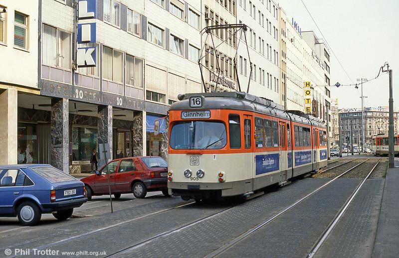 Frankfurt (Main) 905 near Hauptbahnhof on 2nd April 1991.