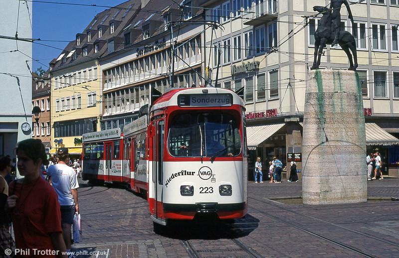 Freiburg 223 at Bertoldsbrunnen on 2nd August 1993.