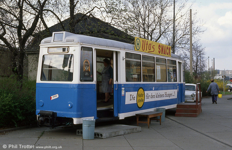 A former trailer car in use as a snack bar near Gera Hauptbahnhof.