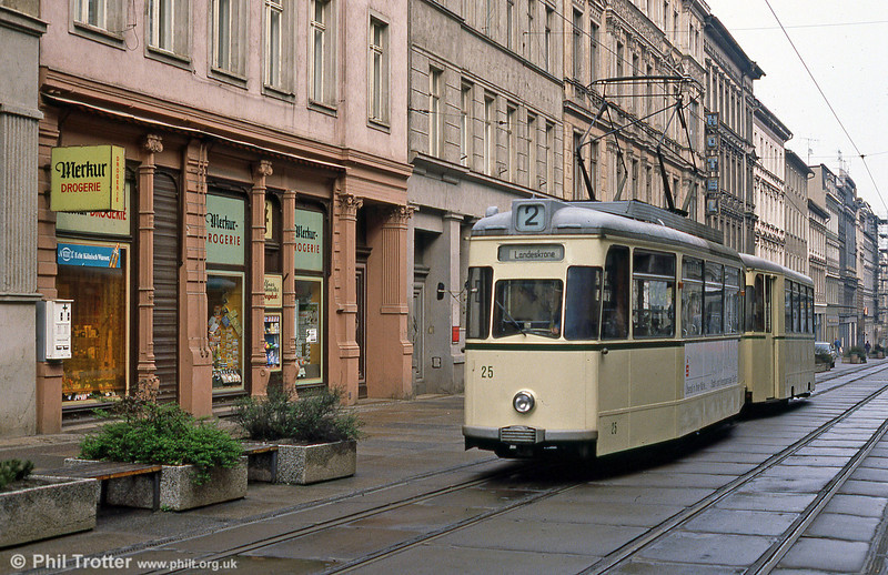 Gorlitz 25 (ex Halle) at Berliner Strasse on 7th April 1991.