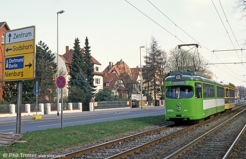 Hannover 522 at Nordhafen on 9th April 1993.