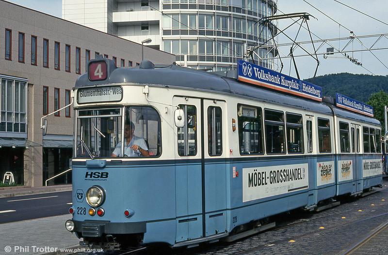 Heidelberg 228 near the Hbf. on 1st August 1993.