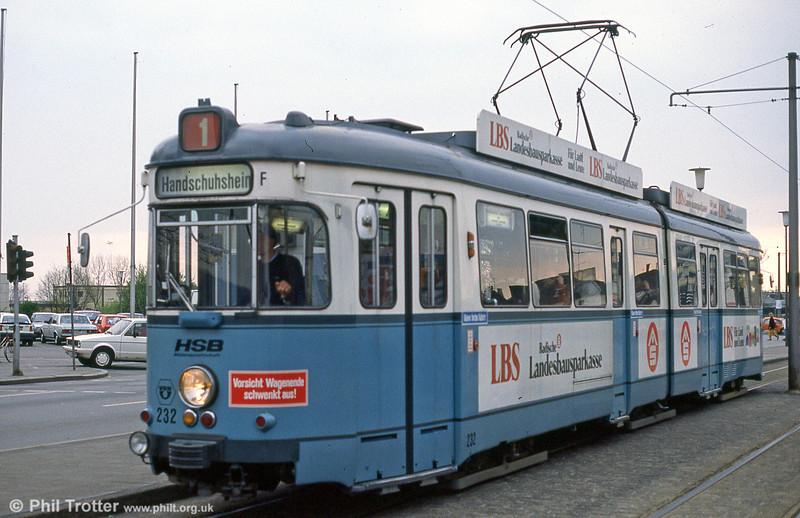 Heidelberg 232 near the Hbf. on 1st August 1993.