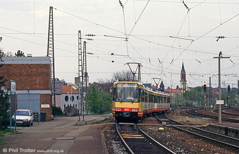 Car 801 arrives at Bretten on 22nd April 1993. Cars 801–886 were developed for services running under a mixture of DC and AC lines along the local DB network.