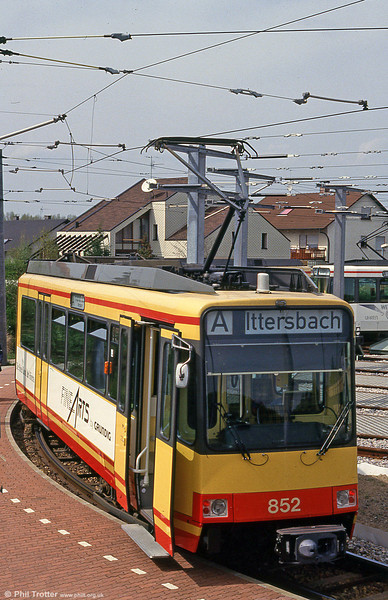 Car 852 at Hochstetten on 22nd April 1993.