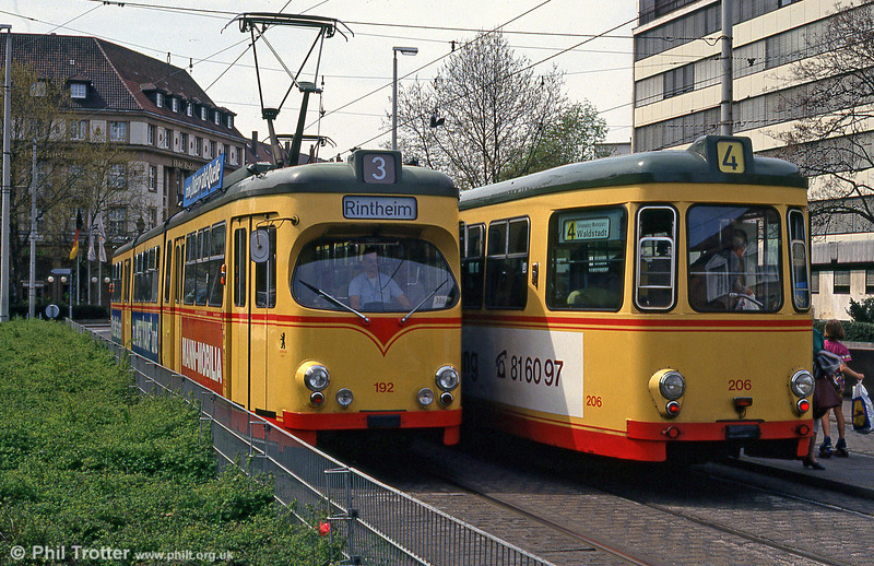 Cars 192 and 206 pass at the Hauptbahnhof on 22nd April 1993.