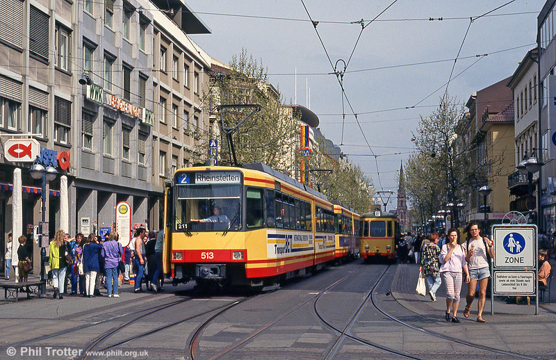 Car 513 in Marktplatz on 22nd April 1993.