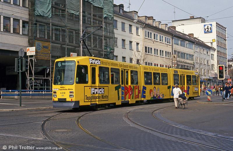 Car 409 at Rathaus on 10th April 1993.