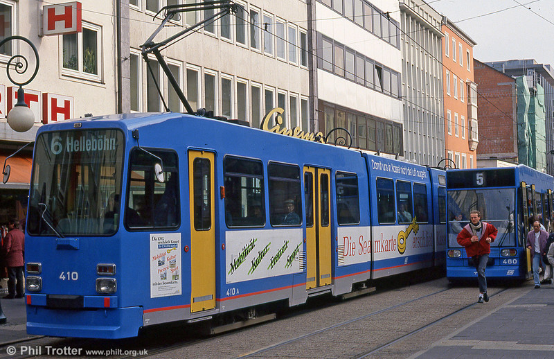 Car 410 at Rathaus on 10th April 1993.