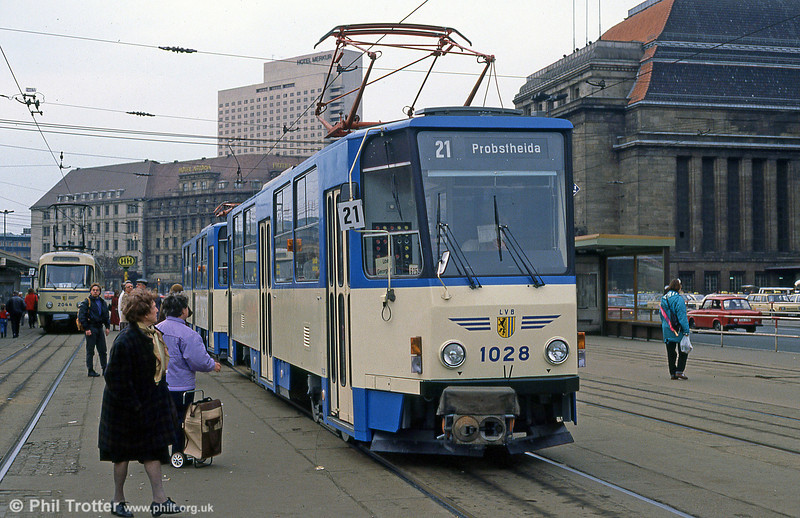 Leipzig Tatra T6A2 1028 at Georg-Schumann-Straße on 5th April 1991.