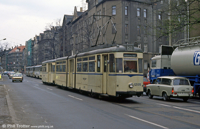 Leipzig 1205 in full flight in at Georg-Schumann-Straße on 5th April 1991.
