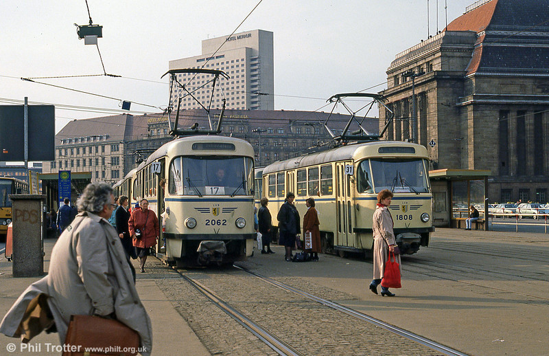 Leipzig Tatra T4Ds 2062 and 2002 in front of the Hauptbahnhof on 5th April 1991.